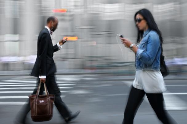 technology, smart phones make us dumb